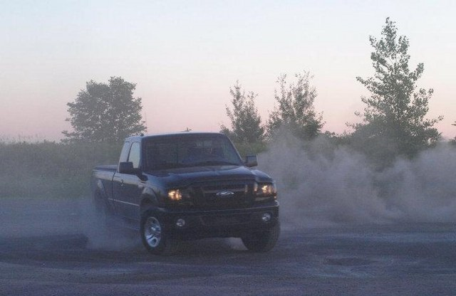 ford-ranger-burnout